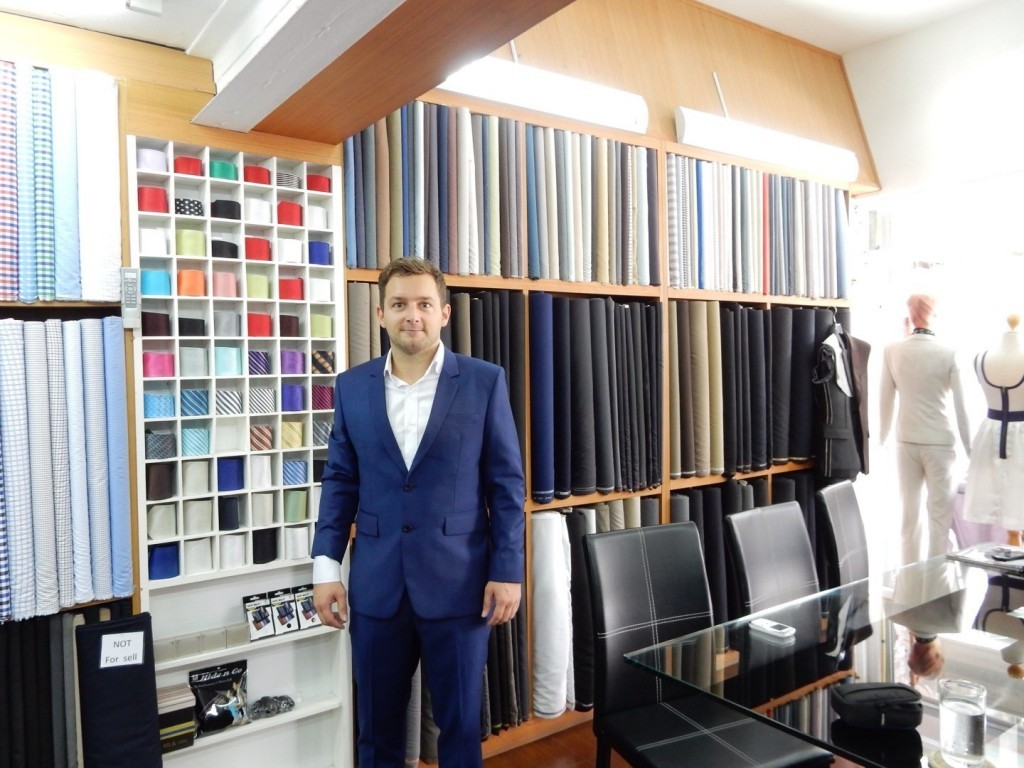 Tailor Chiang Mai | Make custom suit at Tailor Thailand